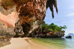 Höhlen-Strand Phra Nang Der Strand ist ein berühmtes Reiseziel I lizenzfreie stockfotos