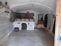Höhlenbewohnerhäuser und Untertagehöhlen der Berbers in Sidi Driss, Matmata, Tunesien, Afrika, an einem vollen Tag stockfotografie