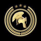 Höjdpunkt specificerade spartanska, roman grekisk hjälm i lagerkransemblem med cirklar och stjärnor militär stridighetsymbol för  Fotografering för Bildbyråer