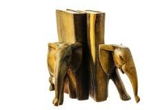 Hölzerne Abbildung eines Elefanten. Lizenzfreies Stockfoto