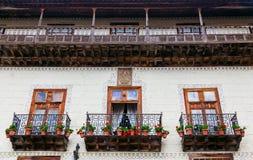 Hölzerne alte Balkone in La Orotava Lizenzfreie Stockfotos