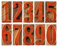 Hölzerne Art Zahlen eingestellt Stockbilder