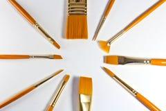 Hölzerne Bürste der Kunst für Aquarell-, Öl- und Acrylmalerei auf whi Lizenzfreies Stockbild