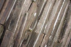 Hölzerne Beschaffenheit der gebrechlichen alten Scheunenwand Lizenzfreies Stockbild