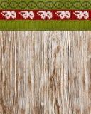 Hölzerne Beschaffenheit gestrickte Strickjacke, nahtloser Hintergrund, hölzerner Winter Lizenzfreie Stockfotos
