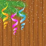 Hölzerne Beschaffenheit mit den Niederlassungen des Weihnachtsbaums Stockbild