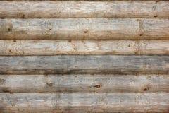 Hölzerne Blockhaus-alte Wand-natürlicher farbiger horizontaler Hintergrund Lizenzfreie Stockfotografie