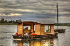 Hölzerne Boote auf Loire Valley stockfoto