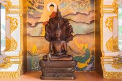Hölzerne Buddha-Statue Lizenzfreie Stockfotografie