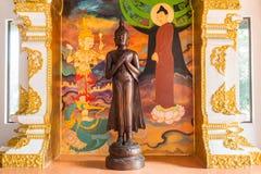Hölzerne Buddha-Statue Lizenzfreies Stockfoto
