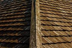 Hölzerne Dachplatte des alten Hauses Lizenzfreie Stockbilder