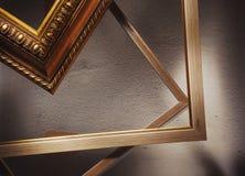 Hölzerne dekorative Rahmen für Bilder Stockfotos