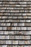 Hölzerne Erschütterungen des oberen Dachs Stockbilder