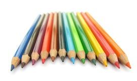 Hölzerne farbige Bleistifte Stockfotos