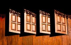 Hölzerne Fenster stockfotos