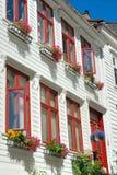 Hölzerne Häuser in Bergen Norwegen stockfotografie