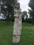 Hölzerne Idole in Braslav Weißrussland lizenzfreie stockbilder