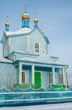Hölzerne Kirche unserer Dame von Kasan Chimeevo lizenzfreie stockfotografie
