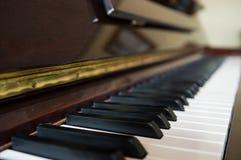 Hölzerne Nahaufnahme des Klaviers Lizenzfreies Stockbild
