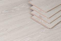 Hölzerne Parkettstücke, Brett für den Fußboden Stockfotos