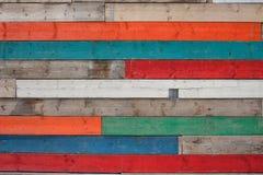 Hölzerne Planken-Beschaffenheit in den verschiedenen Farben Stockfoto