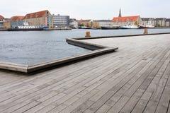 Hölzerne Plattform in Kopenhagen Stockfotografie
