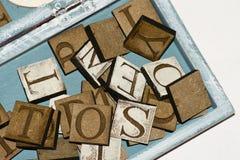 Hölzerne quadratische Buchstaben Stockfoto