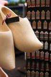 Hölzerne Schuhe der Holland-Nation Stockfotos