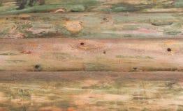 Hölzerne Segeltuchwand des alten Klotzes bedeckt Stockfotografie