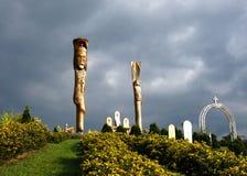 Hölzerne Skulpturen auf Gebirgskönig Jesus Lizenzfreies Stockfoto