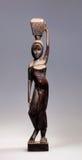 Hölzerne Statue einer Frau Lizenzfreies Stockfoto