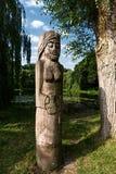 Hölzerne Statuen Stockbild