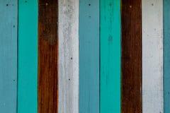 Hölzerne Vertikale des blauen Brauns der Hintergrundweinlese Lizenzfreies Stockfoto