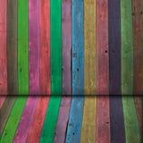 Hölzerne Wand der multi Farbe Lizenzfreie Stockfotografie