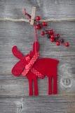 Hölzerne Weihnachtsrotwild lizenzfreie stockfotos