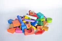 Hölzerner Bau für Kinderspiel Lizenzfreie Stockfotos