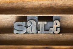Hölzerner Behälter des Verkaufs lizenzfreies stockbild