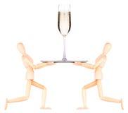 Hölzerner blinder Kellner mit Champagner auf Behälter Stockbilder