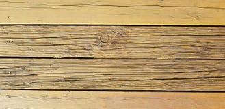 Hölzerner Hintergrund Alte Baumbeschaffenheit Große Sprünge, trockene Bretter stockfotos
