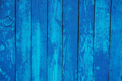 Hölzerner Palisadehintergrund, blaue Farbe Stockfoto