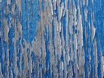 Hölzerner strukturierter Hintergrund - alte blaue gebrochene und Schalen-Farbe Stockbild