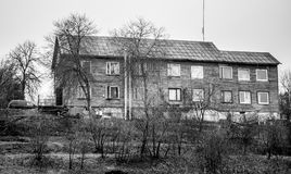 Hölzernes altes Haus stockfoto