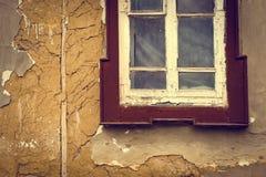 Hölzernes Fenster der alten Weinlese Lizenzfreie Stockfotografie