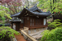 Hölzernes Gebäude am Gilsangsa-Tempel in Seoul stockfotografie