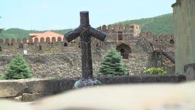 Hölzernes Kreuz in Georgia stock video