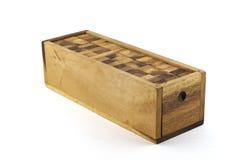Hölzernes Puzzlespielblockisolat. lizenzfreie stockbilder