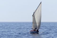 Hölzernes Segelboot Stockfoto
