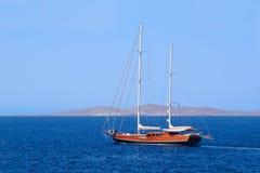 Hölzernes Segelschiff stockfotografie