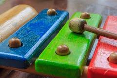 Hölzernes Spielzeug des Xylophons Stockbilder