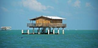 Hölzernes Stelze-Haus in Stiltsville Florida Lizenzfreies Stockfoto